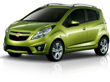 Chevrolet Spark car hire in Laranca